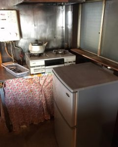 nagara-bldg-before-kitchen