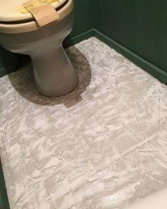 toilet-floor-1005-2